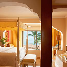 Honeymoon Suite - Ocean Front