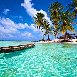 Sailing in the San Blas Islands