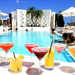 Cocktails in Miami Beach