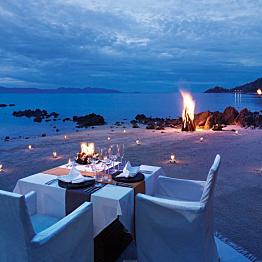 A sunset dinner on the beach
