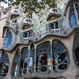 Gaudi Architecture Tour