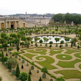 Tour of Versailles Palace