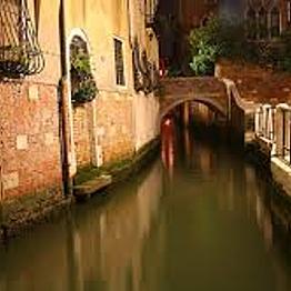 Hidden Canals of Venice Night Cruise