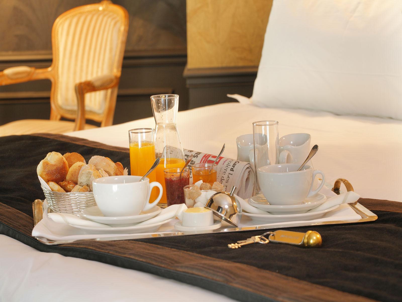 Room Service: Stella And Shamar's Honeymoon Registry
