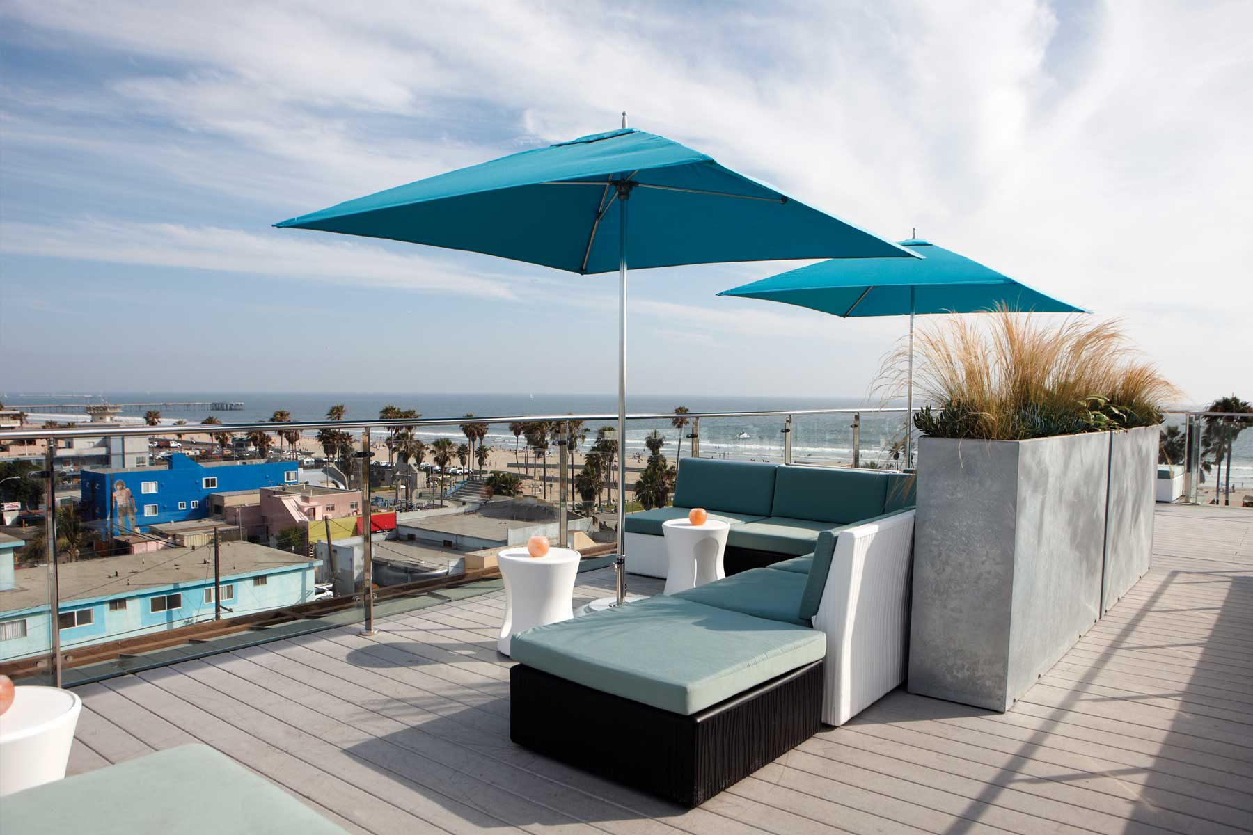 high venice beach rooftop bar