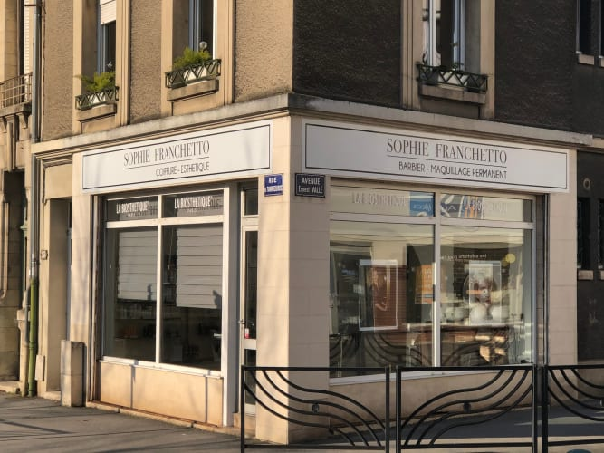 Salon de coiffure mixte à Épernay