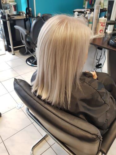 Une jolie coloration blonde