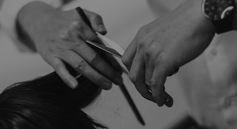 coiffeur chez Coiffure Arsène