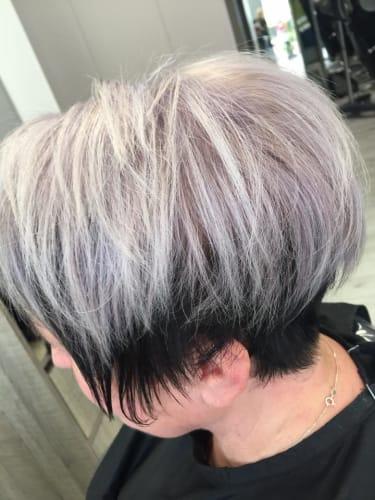 Un blond gris