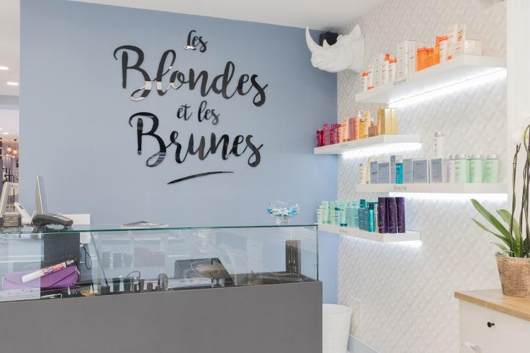 Les Blondes et les Brunes