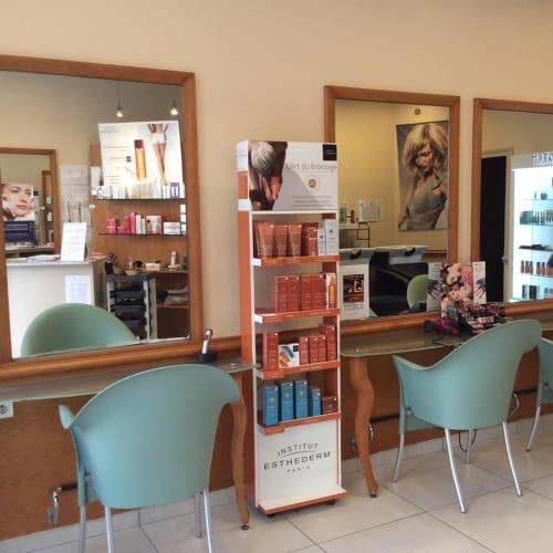Salon de coiffure et beauté à Mâcon