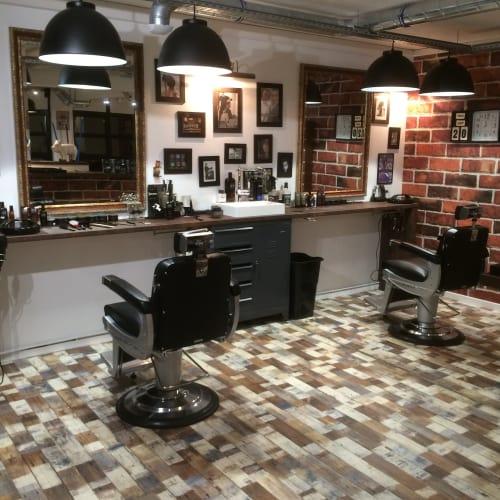Venez passez un bon moment chez votre coiffeur