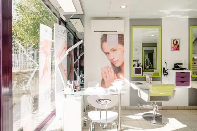 Le coin coiffure du salon Tendance nature à Noisy-Le-Grand