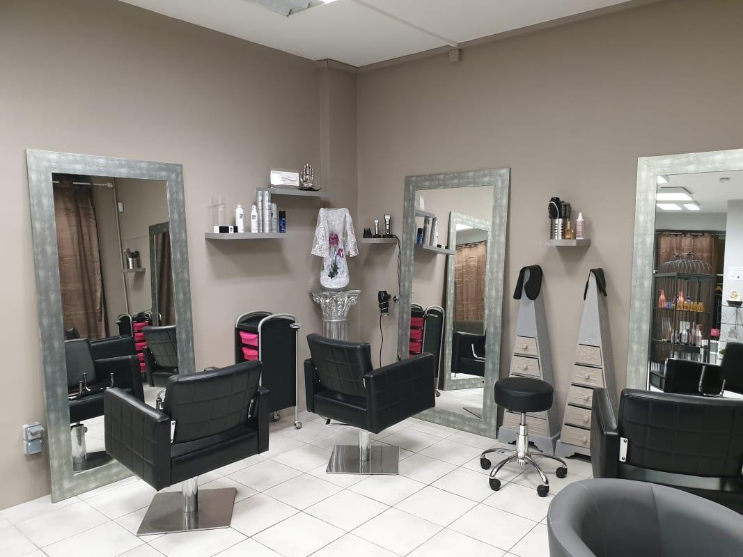 Salon de coiffure, beauté & esthétique à Valence