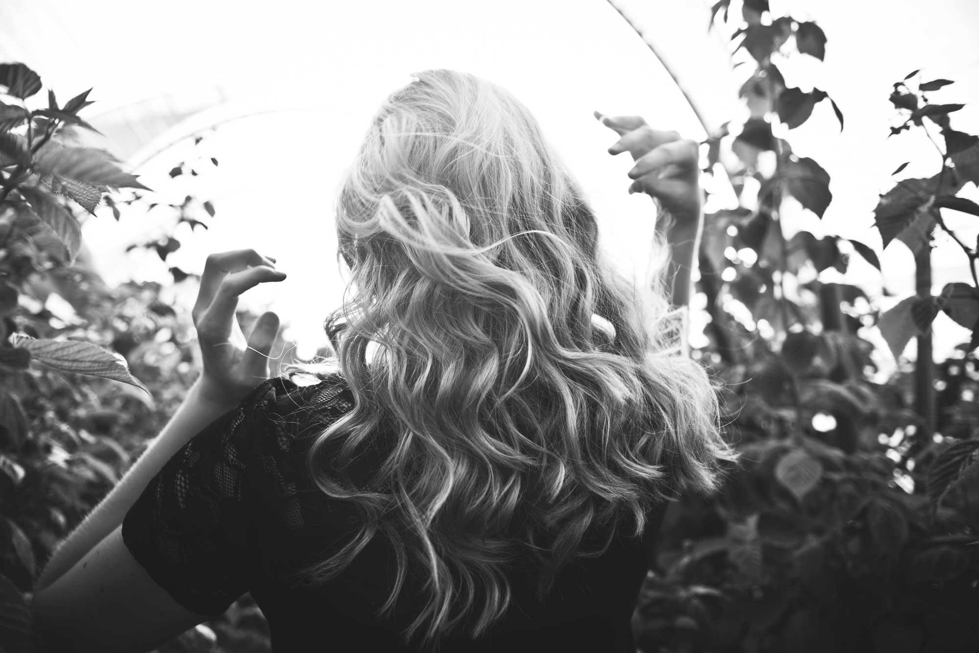 photo d'une réalisation du salon de coiffure les brunes et les blondes