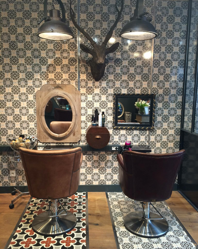 Salon De Coiffure Bouclettes à Nantes 44000
