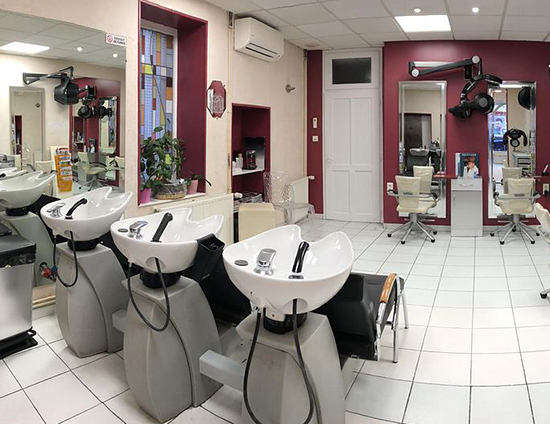 Maxi look salon de coiffure à Moulin