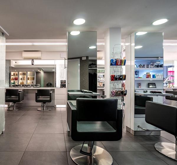 Salon de coiffure à Delle
