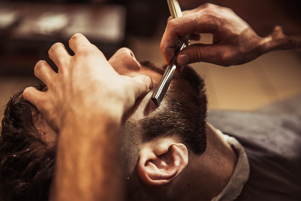 Barbier dans les Alpes-Maritimes