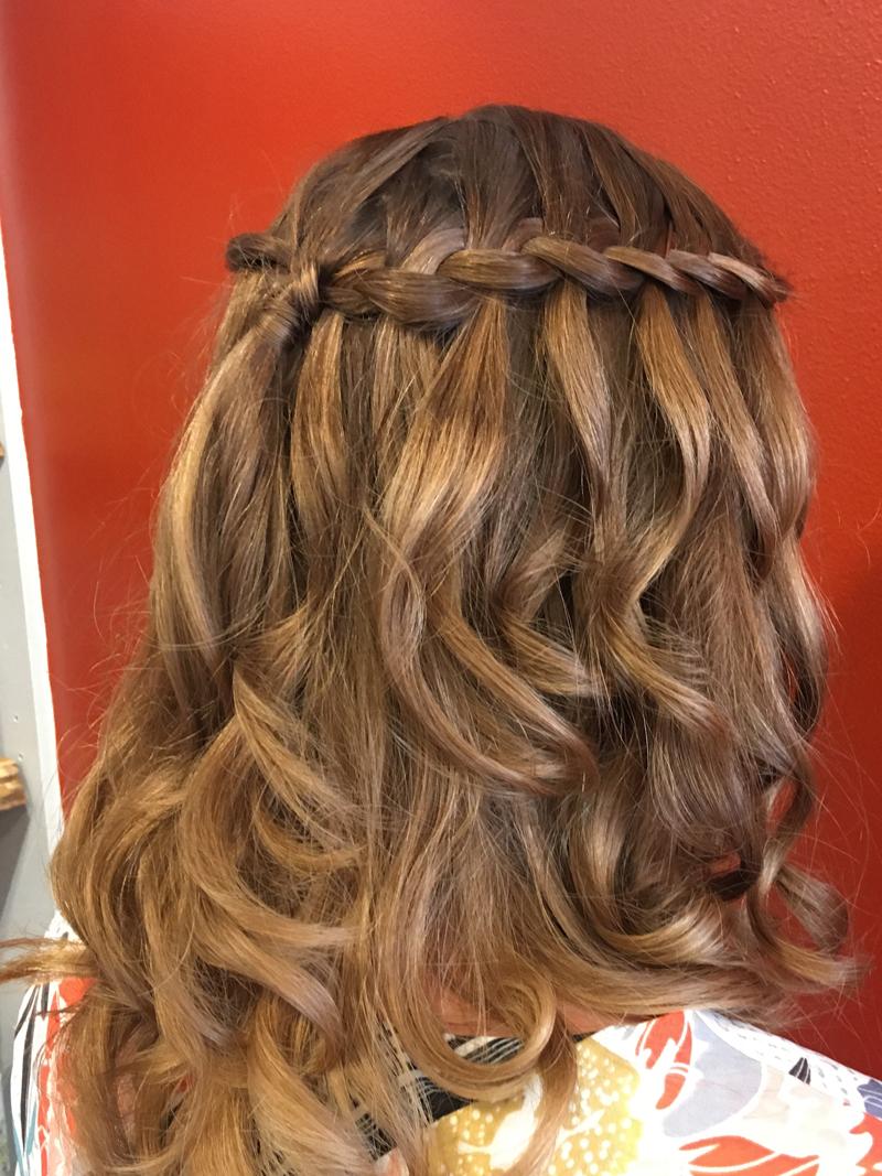 Salon de coiffure à Cercié