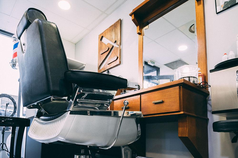 salon de coiffure mixte à Saint-Maximin-la-Sainte-Baume