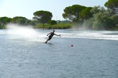 Initiateur de ski nautique