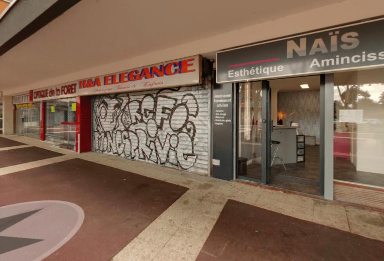Façade du Avenue Charles de Gaulle centre commercial la forêt 91230 Montgeron