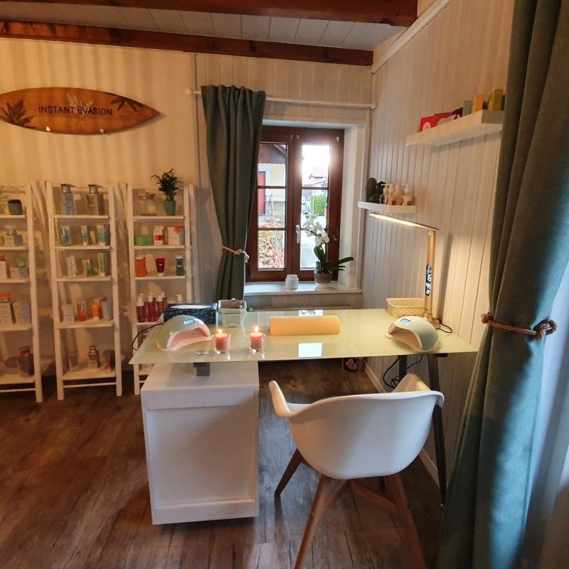 Salon de beauté à Ogens