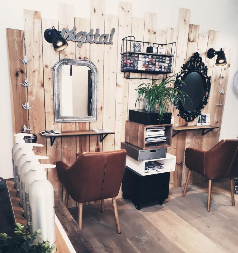 Salon de coiffure à Saint-Laurent-sur-Sèvre, France