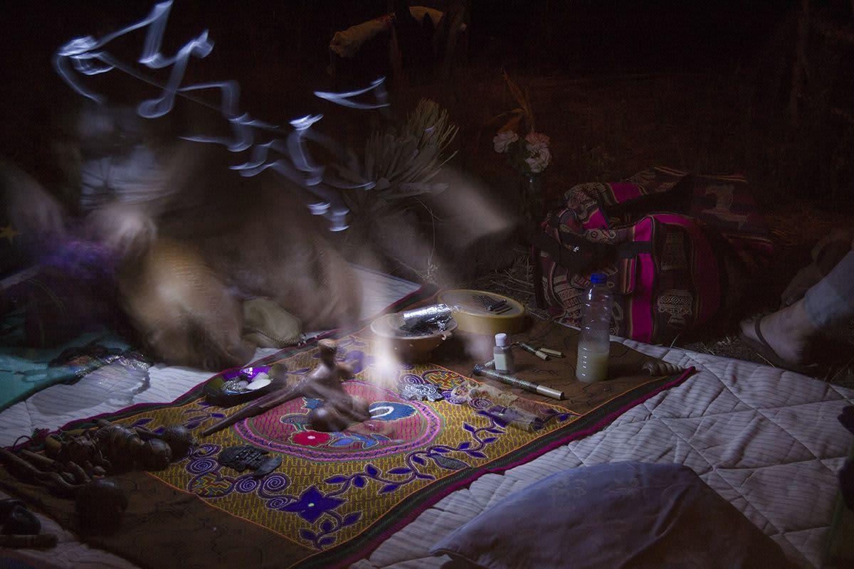 La toma de ayahuasca es un ritual muy poderoso.