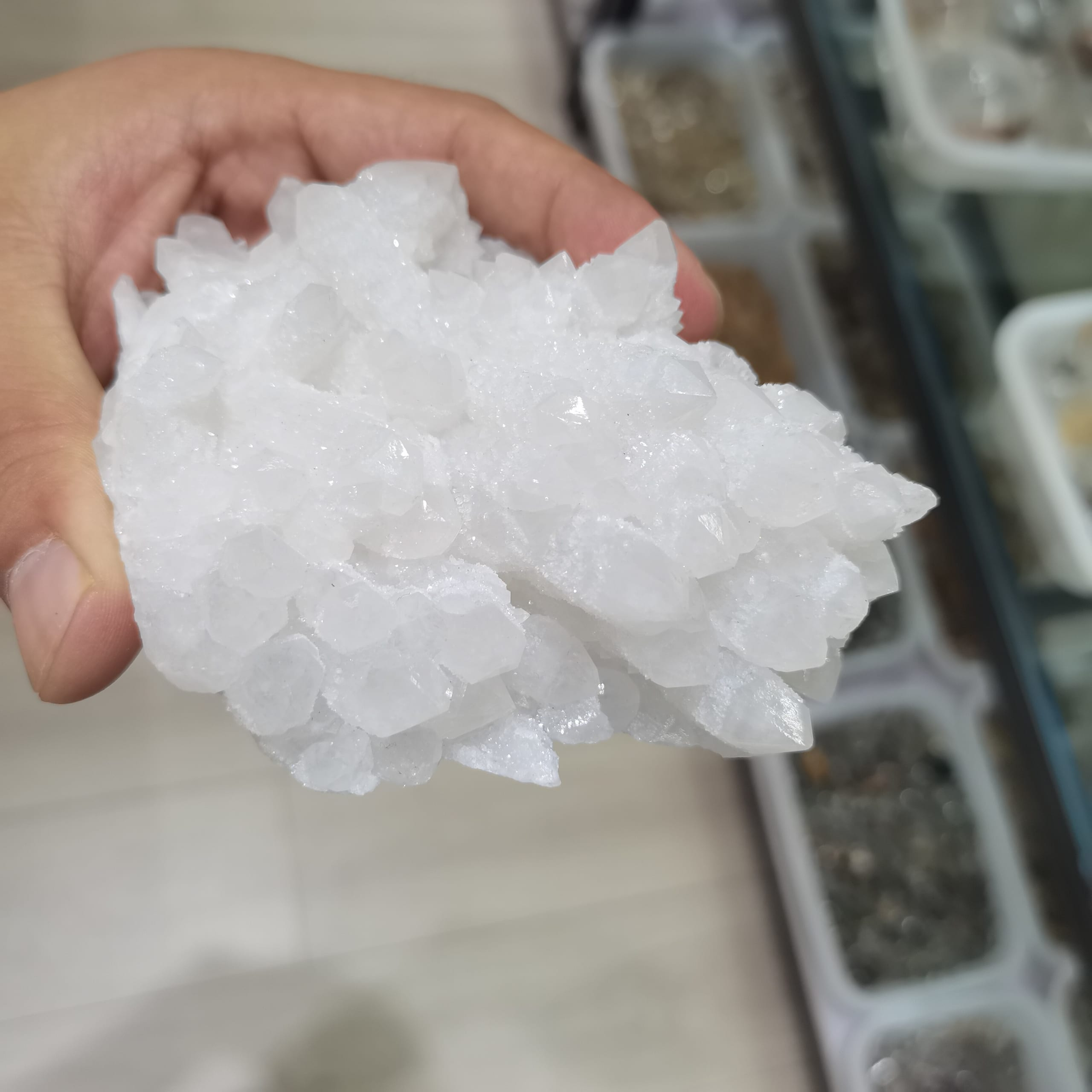 Cuarzo Natural blanco flores racimos de cristal decoración resistente piedra Feng Shui Decoración