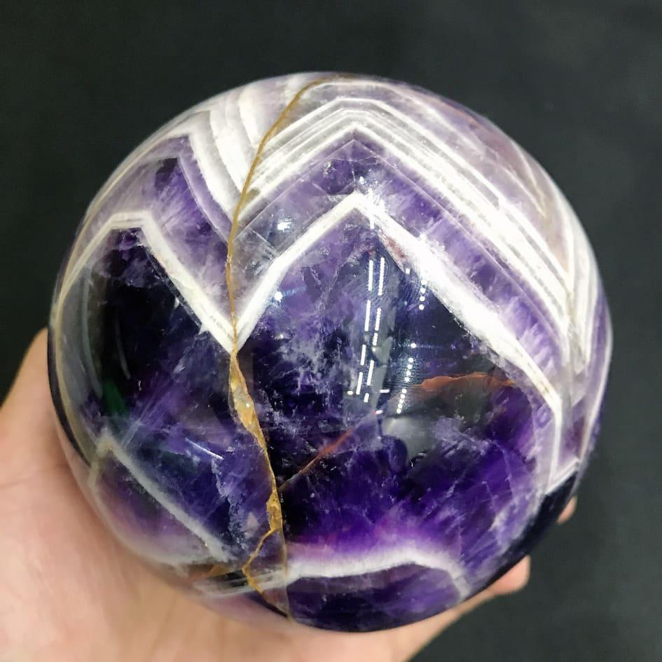 Bola de amyst de cristal de cuarzo Natural, piedra curativa de energía, accesorios de decoración para sala de estar y Acuario, 1 unidad