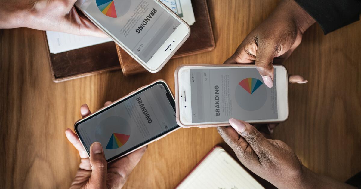オンラインカジノとライブディーラーゲームを楽しむのに最高のスマートフォン
