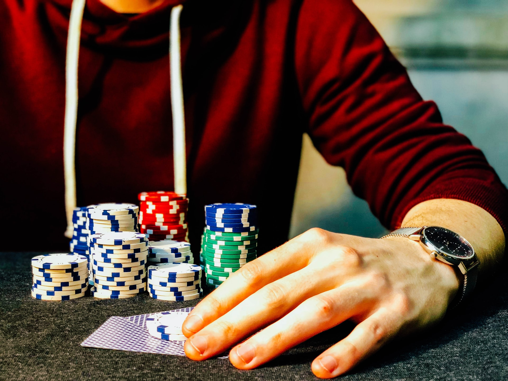 3 Card Online Poker Guide