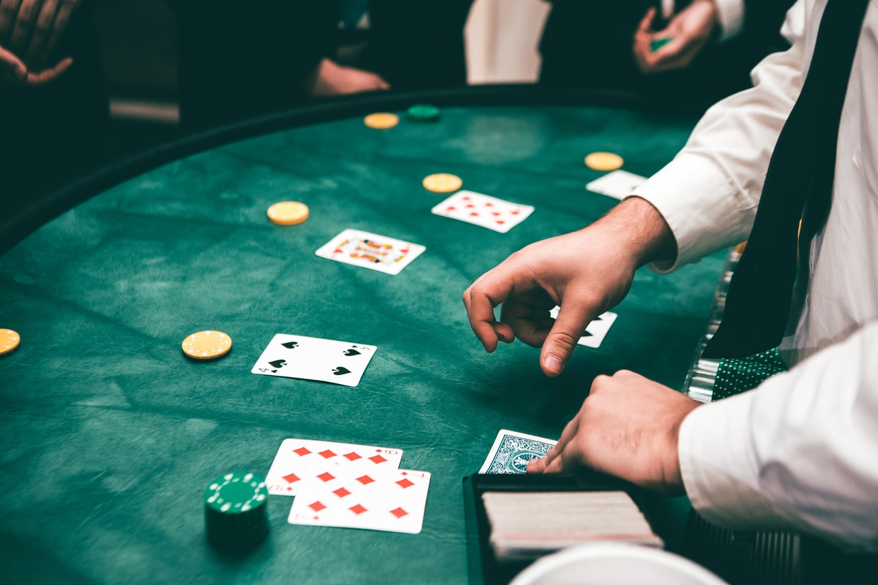 The Duties of a Casino Pit Boss