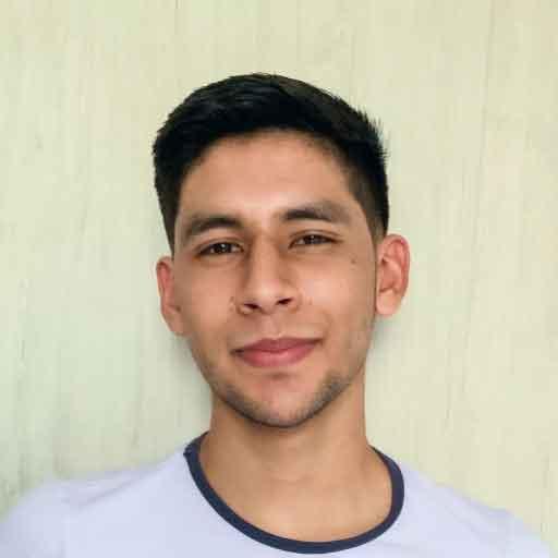 Manuel Navarro, Social Media Manager