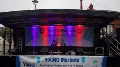 market stage