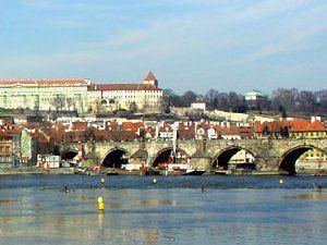 Ofertas de vuelos económicos a Praga