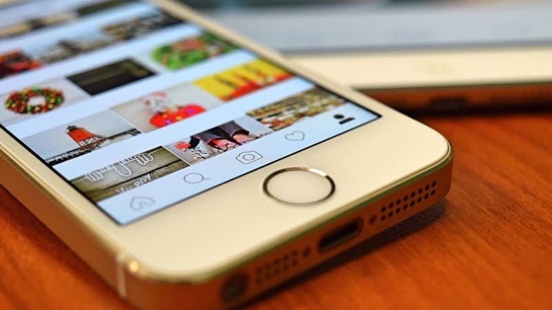 Imagem de destaque do post Vale a pena investir em links patrocinados no Instagram? Descubra!