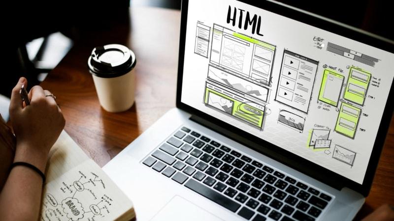 Imagem de destaque do post A importância das empresas terem um site próprio