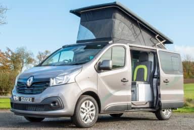 Renault-trafic-camper-van-conversion