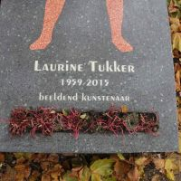 In Memoriam Laurine Tukker