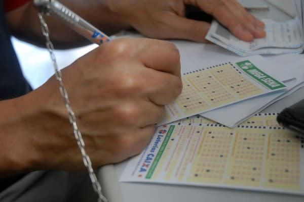 Mega-Sena acumula e próximo sorteio vai pagar R$ 36 milhões neste sábado