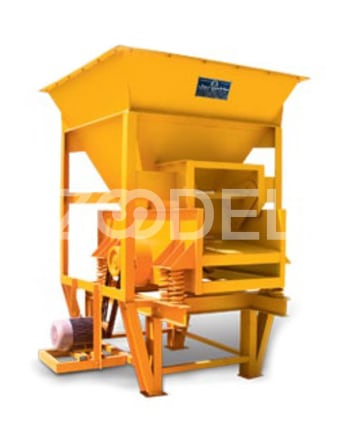 Vibrating Feeder 180 Tons Per Hour Capacity For Feeding Material Production Line Machine Roll Company