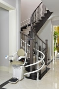 Stairlift With Rechargeable Battery, Remote Control And Digital Display - NPQ Brand