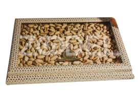 Pistachios in a sachet box weighing one kilogram, the only health exquisite