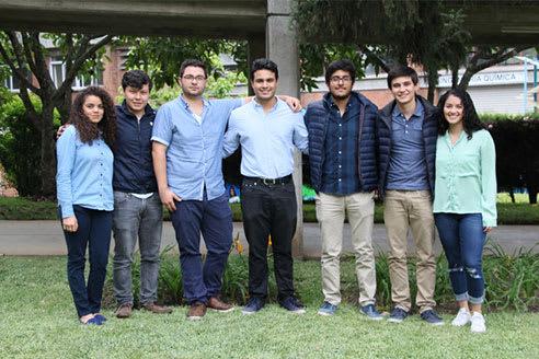 Alumnos de AEI - UVG