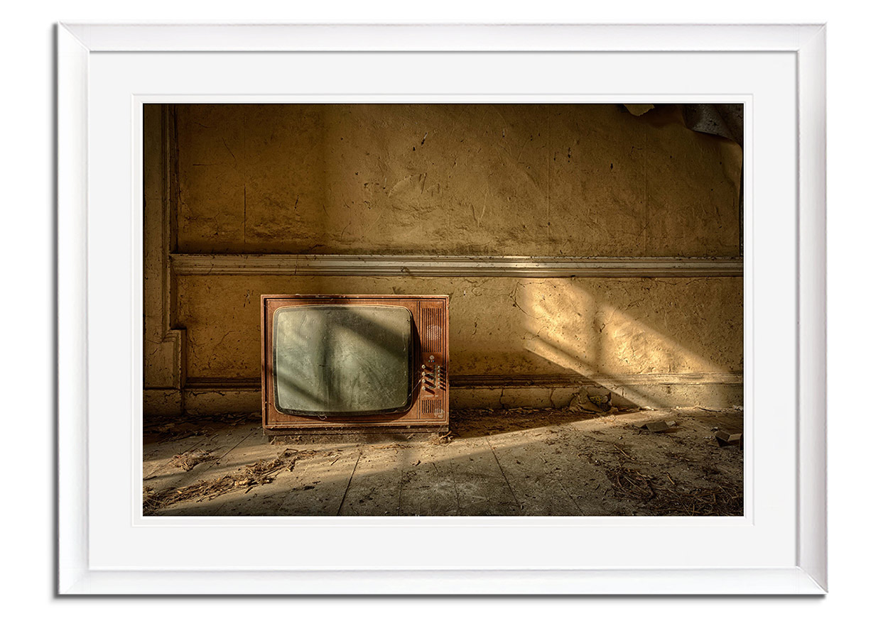 The Old TV by Lawrence Wheeler