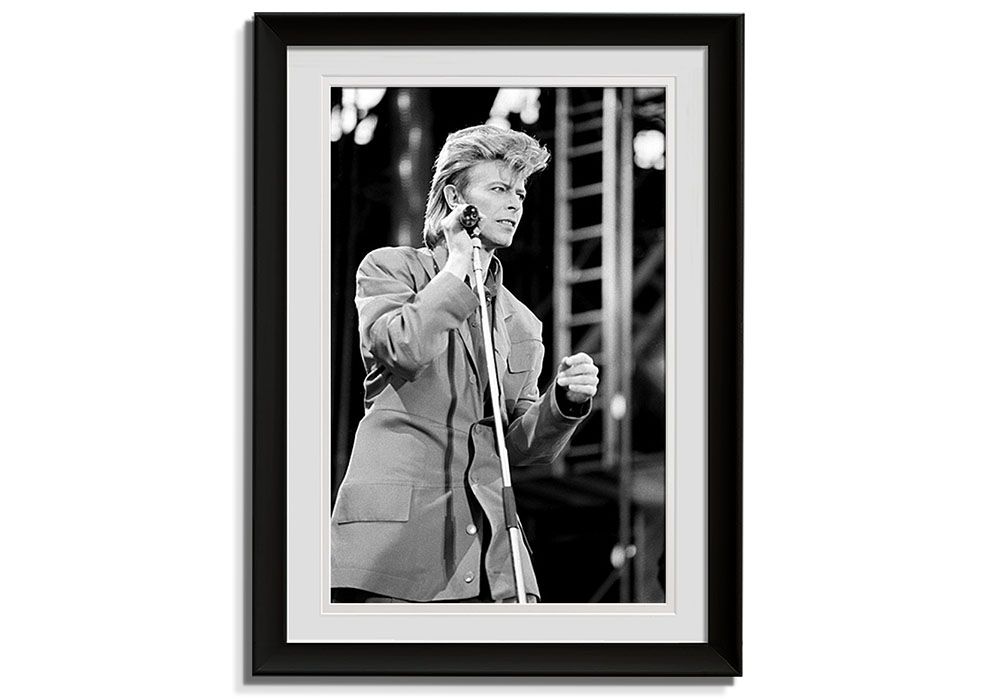 Classic Bowie Print   by Barry Plummer