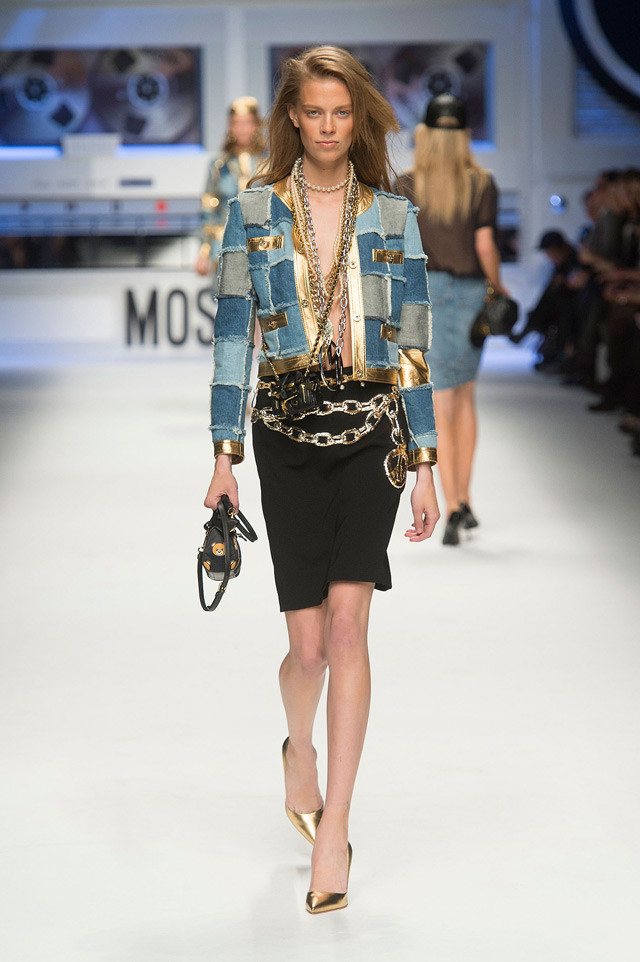 fashion-forward-women-s-denim-trend-f-w-2016-17-moschino_fw15_16